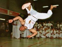 Picapau, Cascadura Capoeira Company