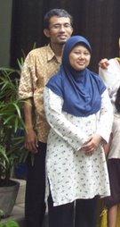 Om Adi dan Isteri