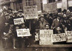 Auto workers fight for union recognition 1930's