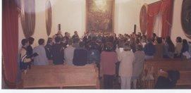 CORAL BAEZANA durante los ensayos previos al MISERERE del año 2002.