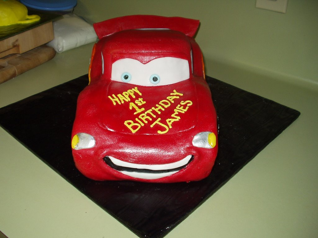 Rebecca s Cakes: Lightning McQueen from the movie
