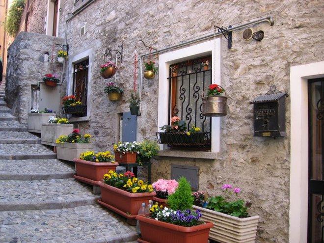 Varenna, Italy April 2007