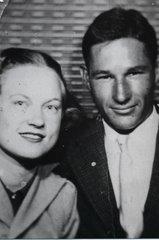 Jo (Barker) & Dolph Lowe