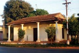 Casa típica antigua,  Sur del Paraguay