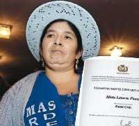 Silvia Lazarte, quechua: Présidente de l'A.C.