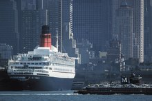 RMS QUEEN ELIZABETH 2