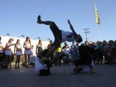 show santiago locking en las calles de serena