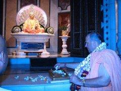 ചൈത്യ ഗുരു