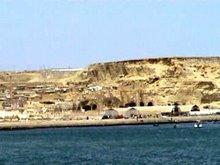 Falésia da Torre do Tombo e grutas (chamavam-lhes  furnas)