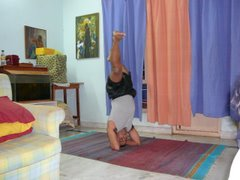Shirshasana Variation2