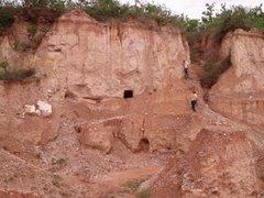 foto degradação ambiental no garimpo Morro dos Cristais em Tomas Gonzaga