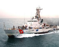 Coast Guard Cutter Monomoy, U.S. Navy photo by Journalist Seaman Joseph Ebalo (RELEASED)