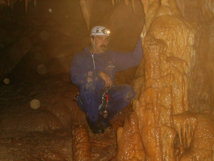 Otra cueva otro tipo de composición geológica,pero las mismas sensaciones.