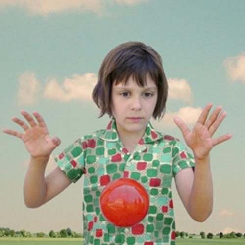 cuando  jesus  cayo del  cielo ala  tierra  alicia tomo  su  bola  magica y convirto  un  mundo ...
