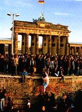 Caída del Muro de Berlín (1989)