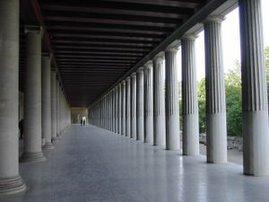 La restaurada Stoa de Attalus, Atenas