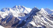 Mera peak (background) - 21,247 ft/ 6,476 m