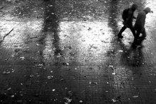 caminar bajo la intemperie