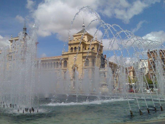 Academia de caballeria y Plaza Zorrilla