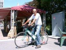 Le premier cycliste!