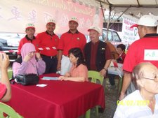 PAS KAPAR PROVIDING SERVICE TO TAMAN KLANG RESIDENTS 4th Feb. 2007