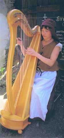 La comtesse Catherine à la harpe