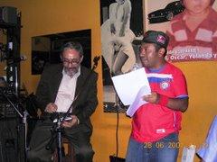 Recital Poético en LEYENDAS: Bar café Sobre los Tejados del Mundo