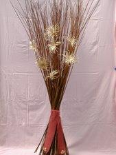 fagot d'osier brut avec fleurs en osier