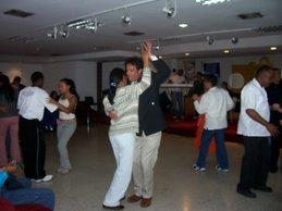 A bailar en el II Congreso de Historia Regional en Miranda .2007