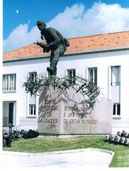 Monumento Comando