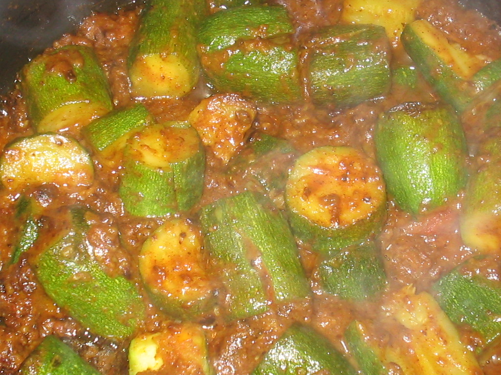 The spice who loved me zucchini ravaiya stuffed zucchini curry zucchini probably the most boring vegetable out there i am trying to come up with new recipes for it though because here we dont have much choice in forumfinder Choice Image