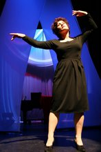 Naomi Emmerson as Edith Piaf