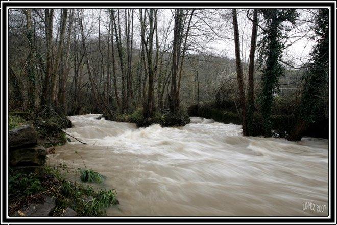 Río Villoria a su paso por Entralgo