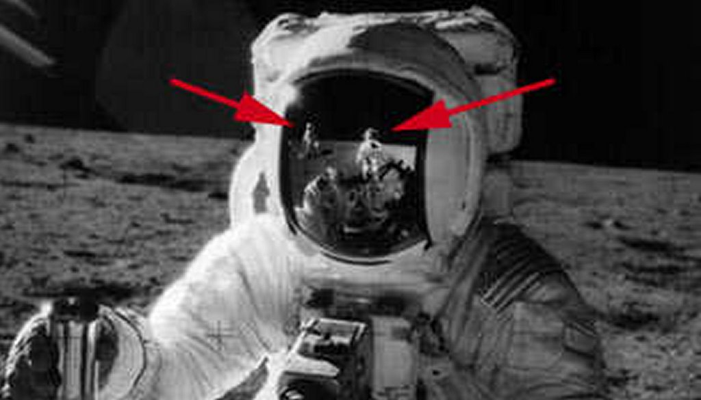 apollo 11 moon landing hoax -#main
