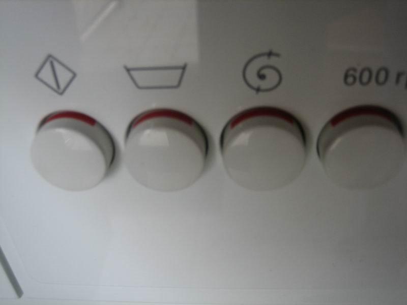 accept j 39 ai t traumatis par une machine laver. Black Bedroom Furniture Sets. Home Design Ideas