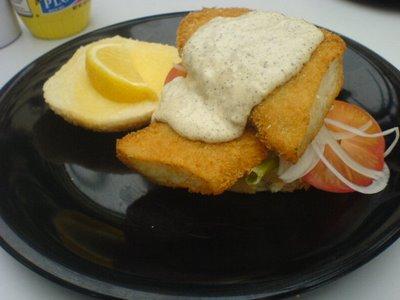 Botak Jones, fish burger