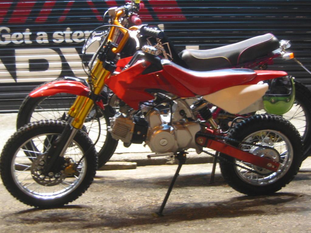 Custom Serow 225: China Made 110cc Dirt Bike