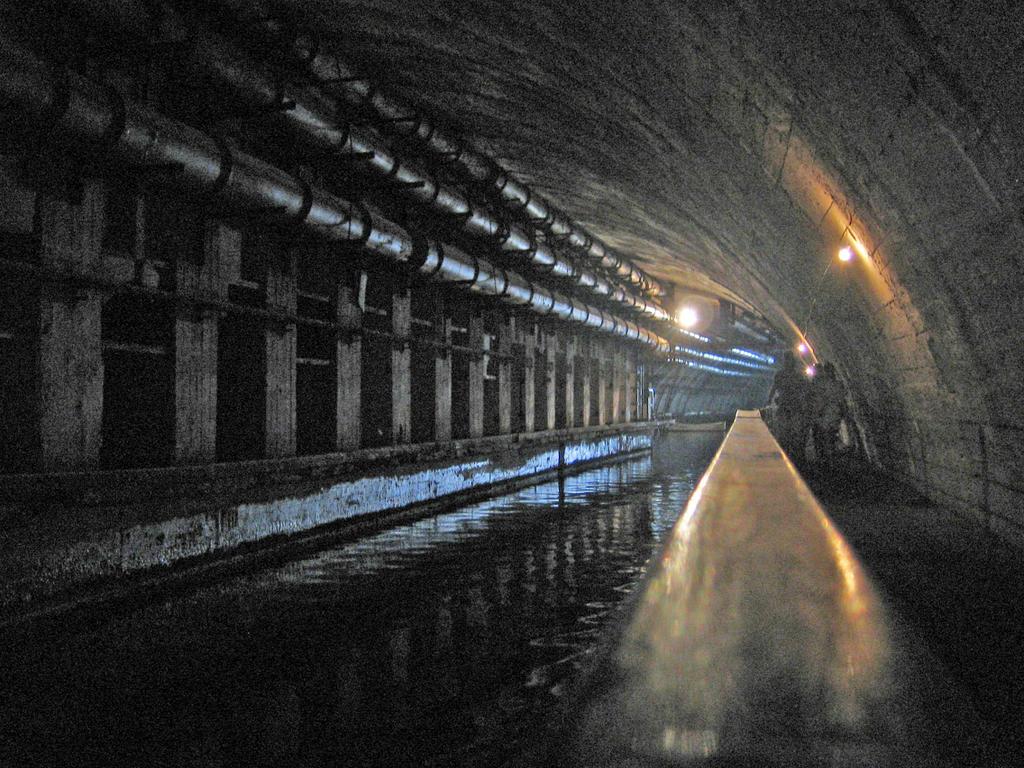 l u0026 39 ukraine souterraine  la base souterraine de sous