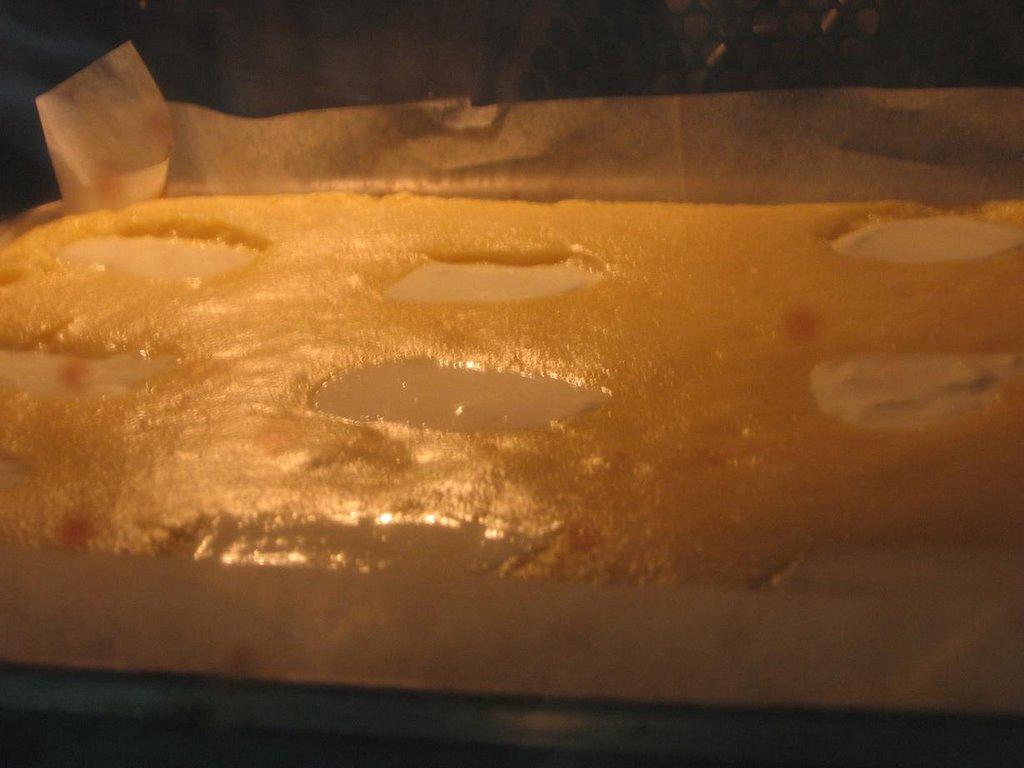 Cornmeal Cake Sour Cream Frosting