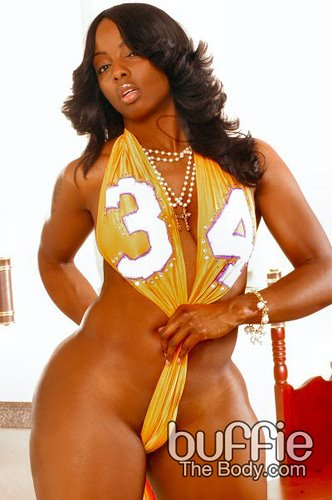 Buffie The Bodie Naked 114