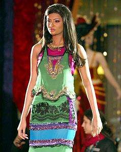 Girls Clothing Dubai Fashion 2005 A Unique Platform For Young Designers Uae