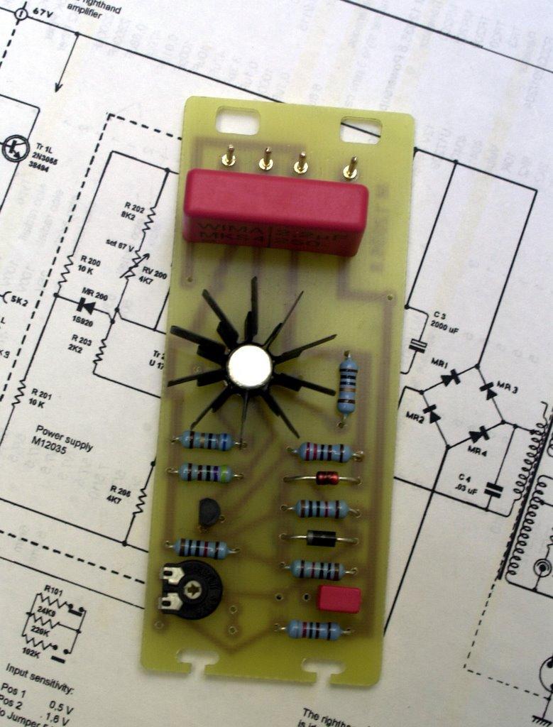 Quad   - Manual - Stereo Power Amplifier - HiFi Engine