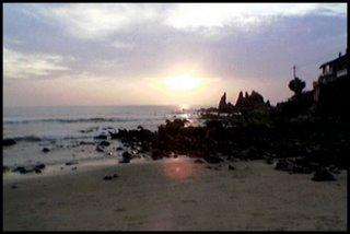Auringonlasku Arambolin rannalla Goassa
