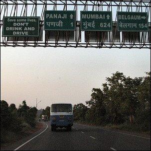 Panjim, Mumbai ja katuvalistusta