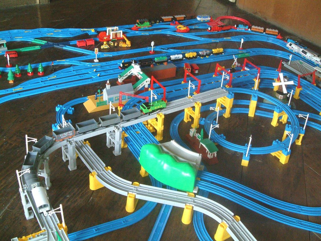 Tomy Trains And Layouts June 2006