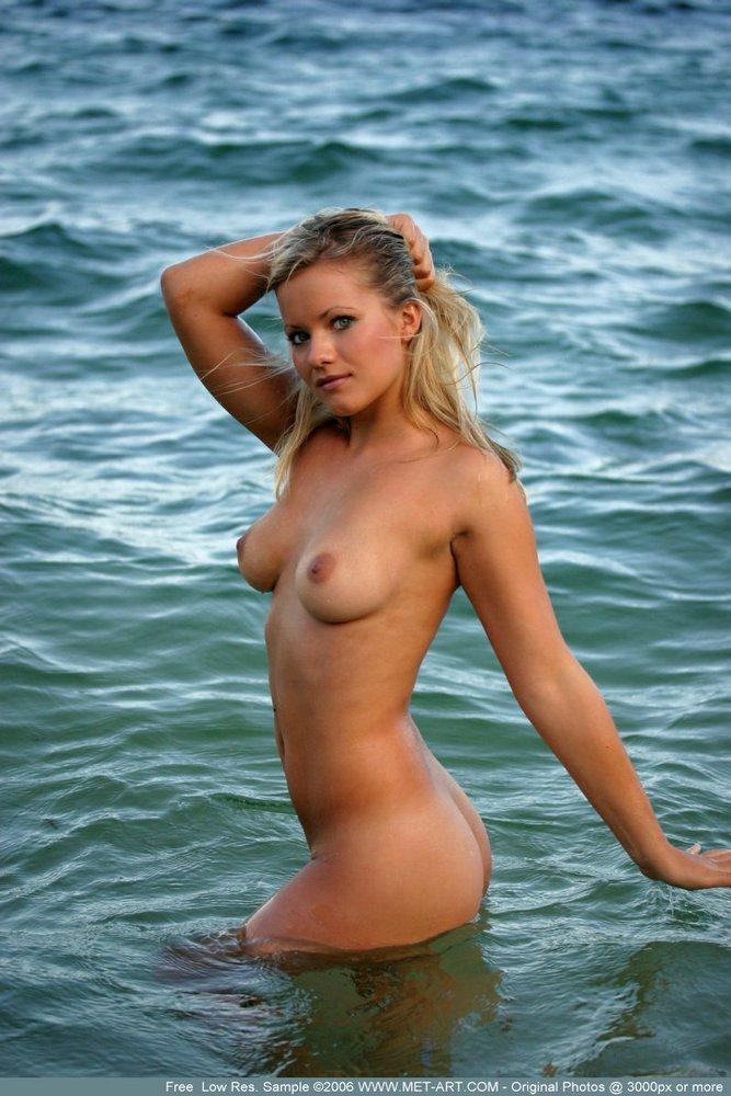 Naked Australia 33