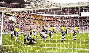 Qual foi a pior partida da seleção brasileira na história das Copas   Teria  sido a derrota para o Uruguai em 1950 5b7ba3e7d4691