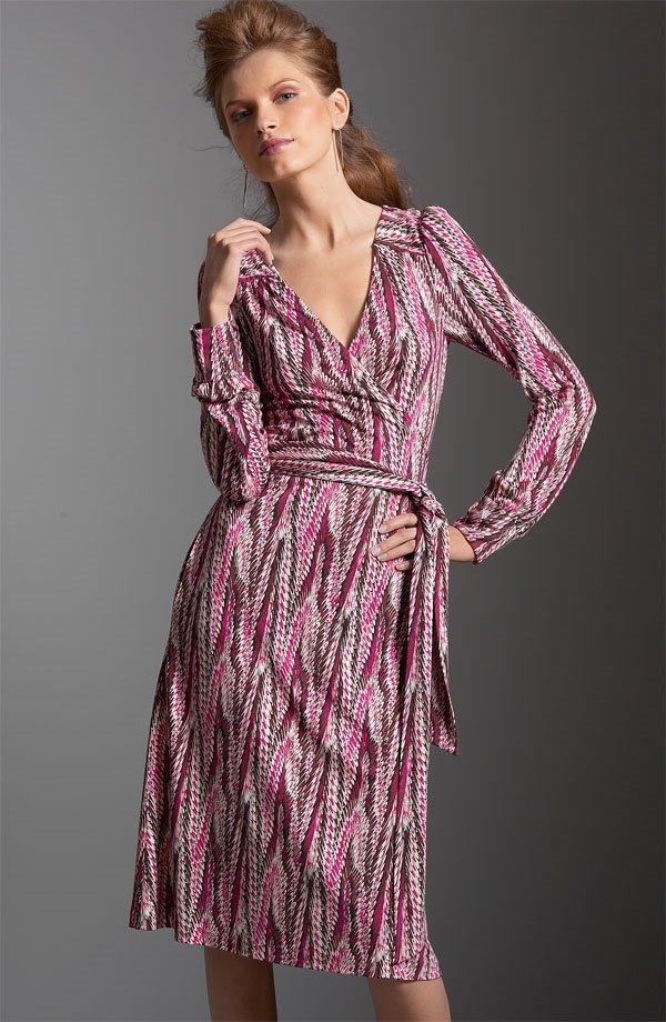 4da48394119c14 Let me be your Diane von Furstenberg personal shopper!  December 2006