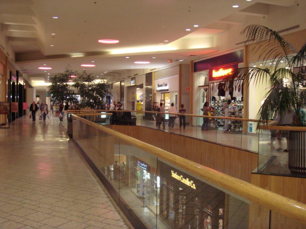The Caldor Rainbow Holyoke Mall At Ingleside Holyoke