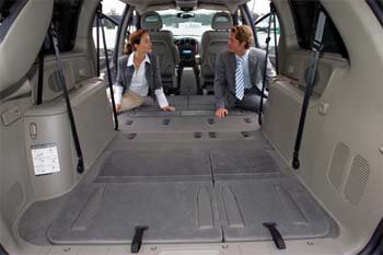 Dodge Grand Caravan Seating >> ex CHRYSLER JEEP AND DODGE: Stow 'n Go™ – the Unique and ...